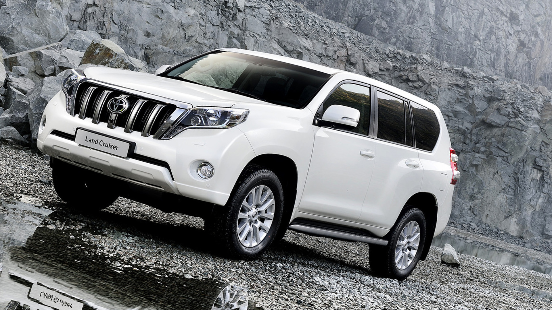 New 2016 Toyota Land Cruiser Exterior Picture
